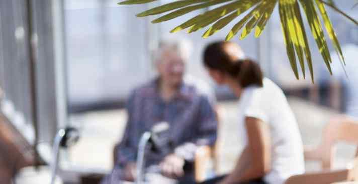 Tertianum Wohn- und Pflegezentrum Restelberg, Demenz Pflege und Angehörigen arbeit - Lebensqualität für jeden schaffen
