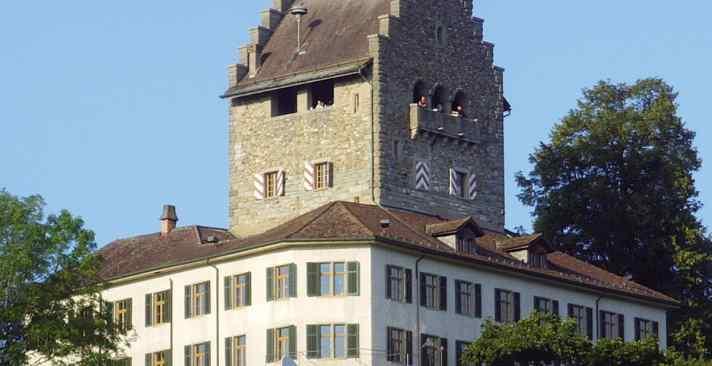 Tertianum Brunnehof: das richtige Zuhause für Seniorinnen und Senioren in Uster