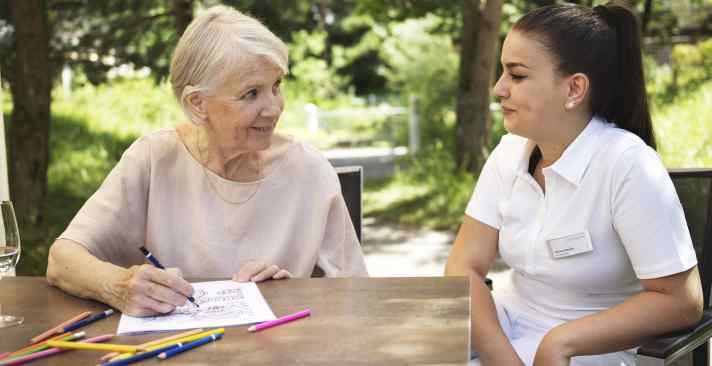 Tertianum Wohn- und Pflegezentrum Neutal Rehabilitation für Senioren, Gedächtnistraining im Alter